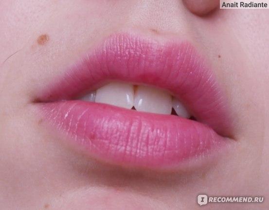 """Универсальный увлажняющий блеск для губ и щек L'Oreal Paris """" x Isabel Marant"""" фото"""