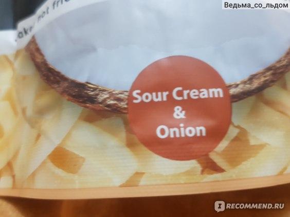 Кокосовые чипсы Thai coco Coconut chips сметана и лук фото