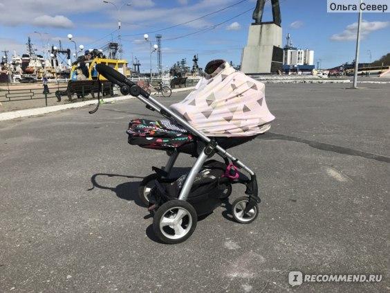 """Защита от ветра и солнца. Прогулочная коляска. """"Родной» кап в положении лёжа не очень плохо прикрывает малыша."""