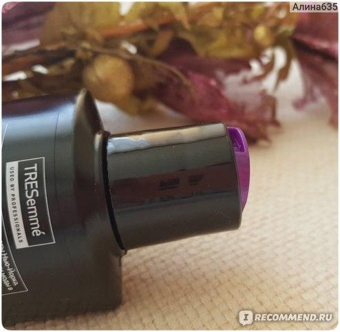 Шампунь TRESemme восстанавливающий repair and protect фото