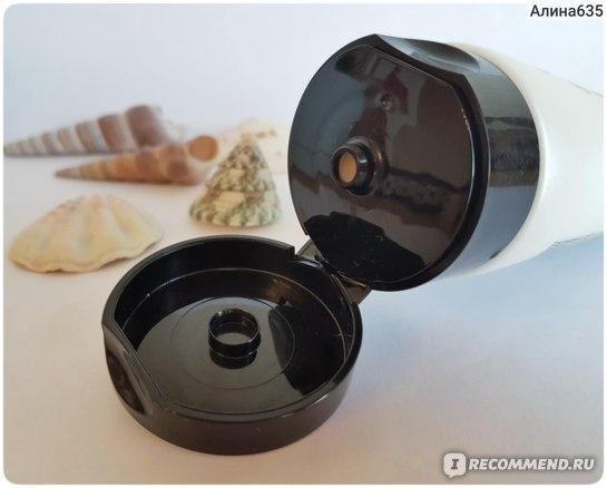 Выравнивающая пенка для лица COSRX для умывания с салициловой кислотой Salicylic Acid Daily Gentle Cleanser фото