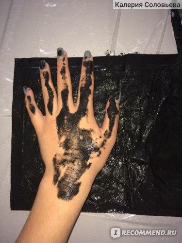 Накладываем грязевой  аппликатор Medicia на руку