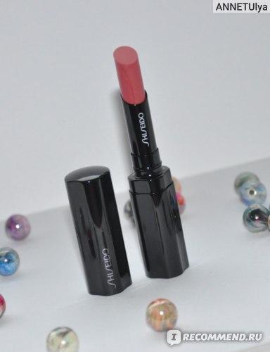 Губная помада Shiseido Veiled Rouge фото