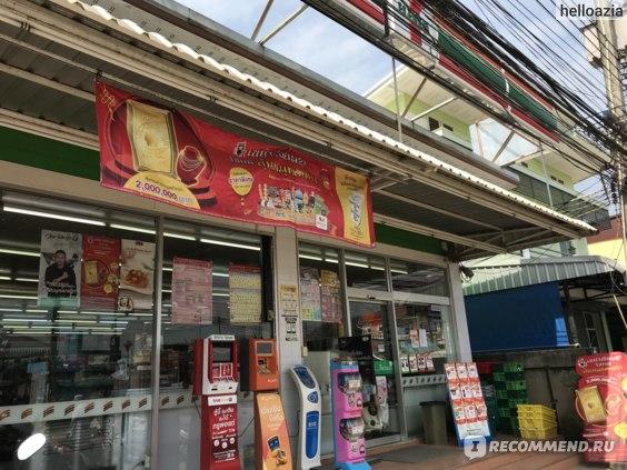 7-Eleven сеть магазинов. Тайланд фото