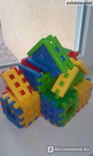 Домик из 3-х конструкторов