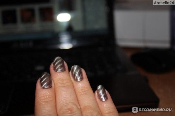 Лак для ногтей Golden Rose Magnetic Nail Lacquer фото