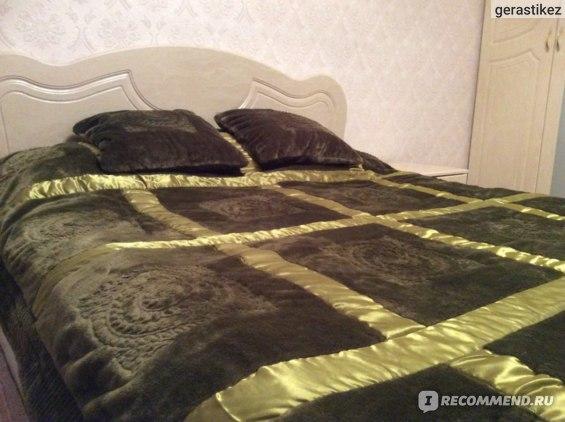 Покрывало за 2800 + 2 наволочки по 300 рублей