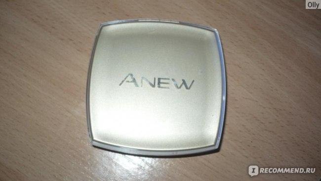 Пудра компактная Avon c омолаживающим действием Anew Spf 15 фото