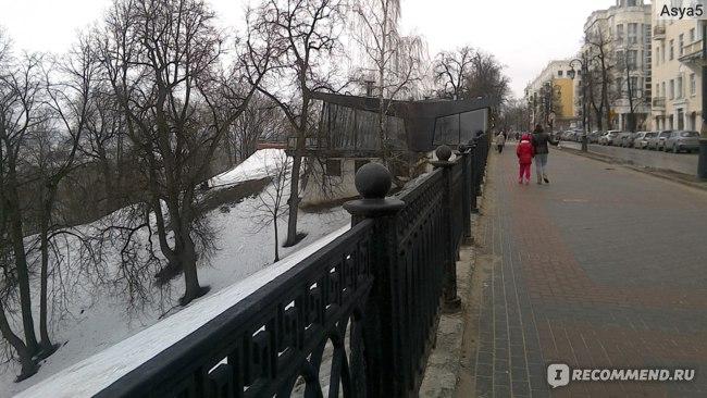 Дорога по Верхне-Волжской набережной до канатной дороги.