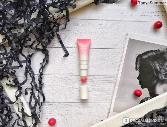 Кремовый блеск для губ Clarins Lip Milky Mousse в оттенке 03 milky pink