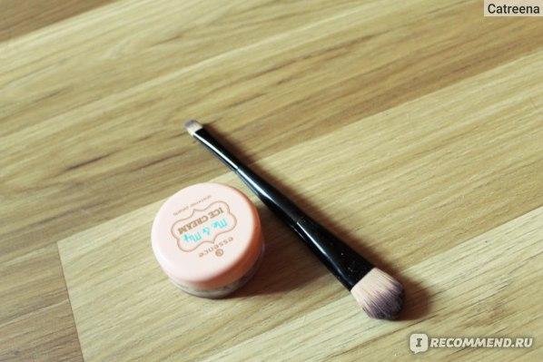 Пудра в шариках Essence Me&My Ice Cream Shimmer Pearles фото