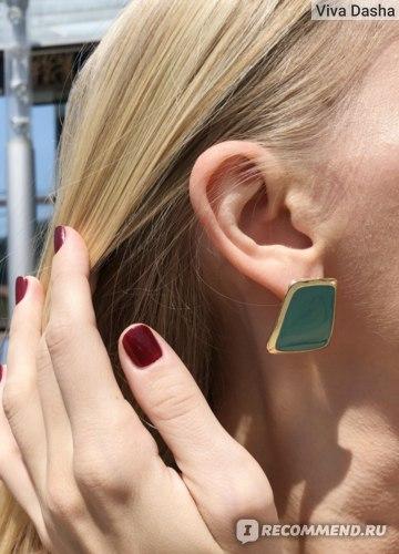 2019 5 Colors Enamel Enamel Stud Earrings for Women Black / White Korean Style Earrings