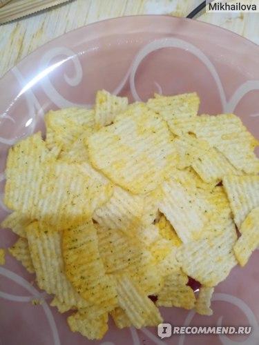 Чипсы картофельные Lays Из печи Нежный сыр с зеленью фото