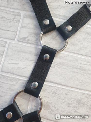 Портупея Aliexpress Rock Sexy Leather Love Garter Belt Elastic Leg Girl Women Harness Goth Accessories Black Gothic Rivet Punk Anklet Thigh Garter фото