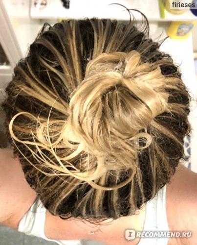 Кондиционер Cocochoco Intensive Интенсивное увлажнение нанесен на волосы на 2 минуты