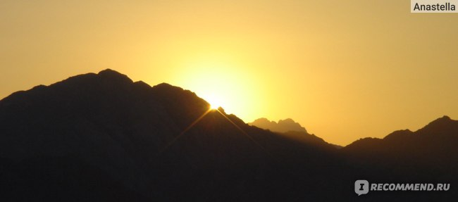 Египет. Закат в пустыне.