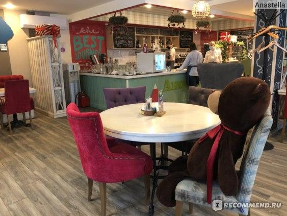 Сеть семейных кафе «АндерСон» фото