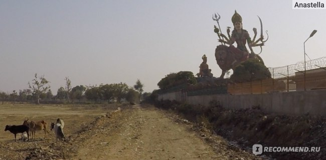 Статуя Дурги