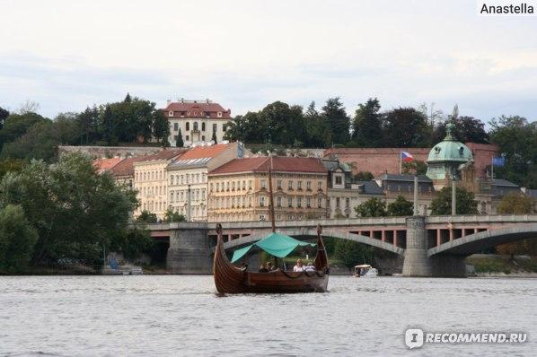 Прогулка по реке Влтава. Прага.