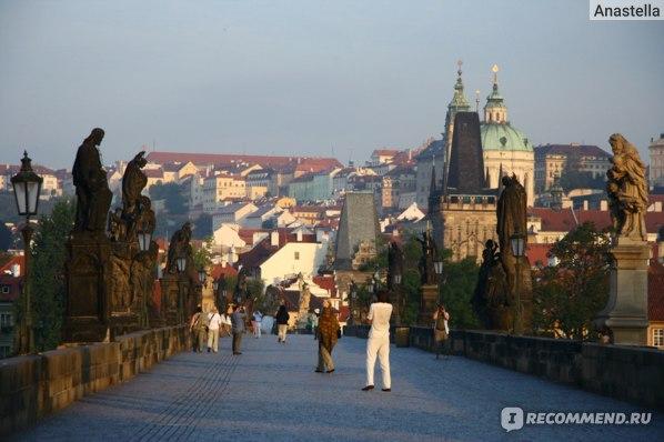 Карлов Мост. Лето. Шесть утра. Прага.