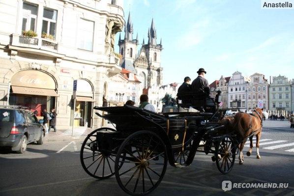 Прогулка на карете с Парижской улицы на Староместскую площадь. Прага.