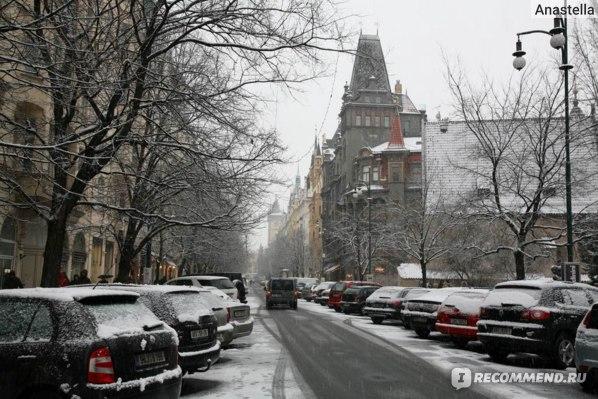 Зимняя Прага. Парижская улица.