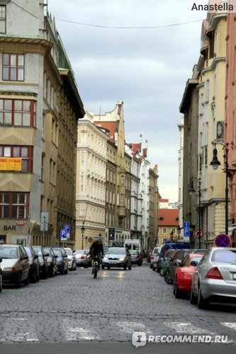 Почтальон-велосипедист. Прага.