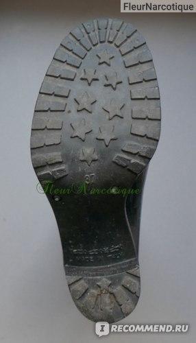 Резиновые сапоги Armani Collezioni XAD315 фото