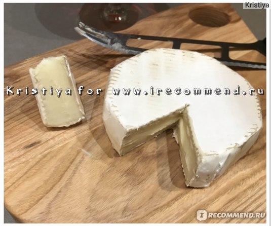 Сыр President Мягкий Petit Brie с белой корочкой 60%