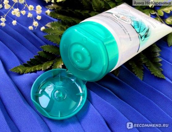 """Гель для умывания Himalaya herbals """"Блеск-контроль"""" Для проблемной и жирной кожи. Лимон и мед. фото"""