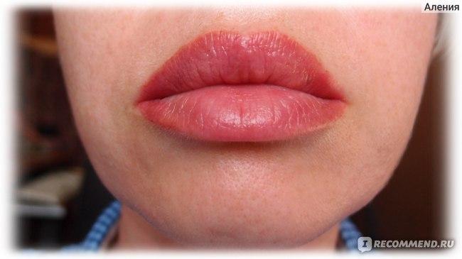 Перманентный макияж губ - вторая коррекция (прокрасили уголки)