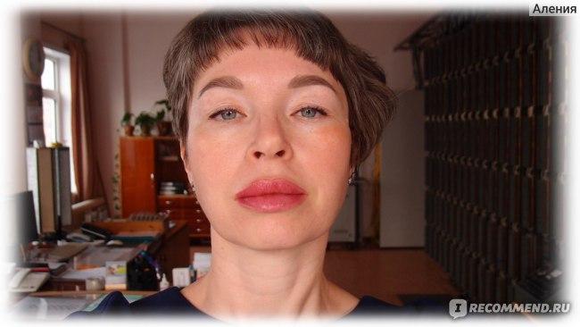 Перманентный макияж губ - губы на второй день