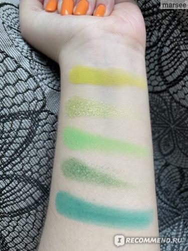 Палетка теней для век ColourPop Fade into hue