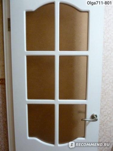 Вид дверного стекла