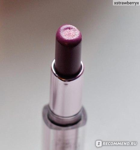 Губная помада L'Oreal Color Riche Rouge Caresse фото