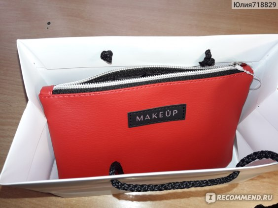 """Косметичка Make up """"Red trend"""" фото"""