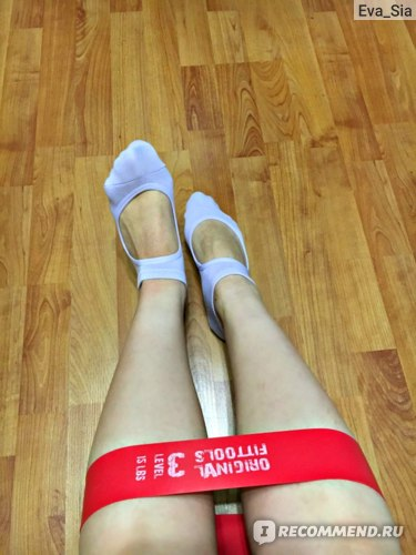 Носки для йоги Aliexpress Hot Breathable Anti-friction Women Yoga Socks Silicone Non Slip Pilates Barre Breathable Sports Dance Socks Slippers With Grips фото