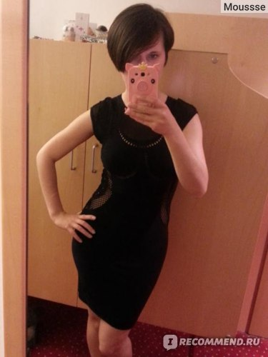 Мини-платье Alexander McQueen Black Fitted Mesh Dress фото