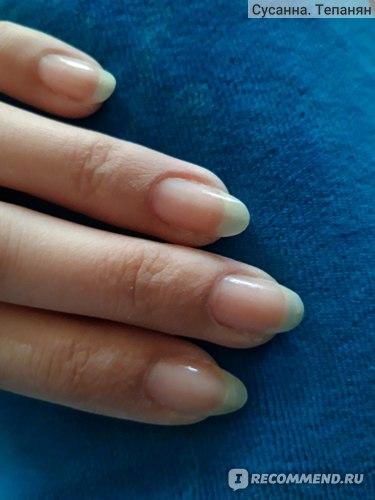 Лак для ногтей Умная Эмаль Укрепитель ногтей улучшенная формула с протеином и витаминами В5,А и Е фото