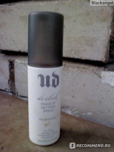 Спрей для лица Urban Decay Oil Control Фиксирующий макияж  фото