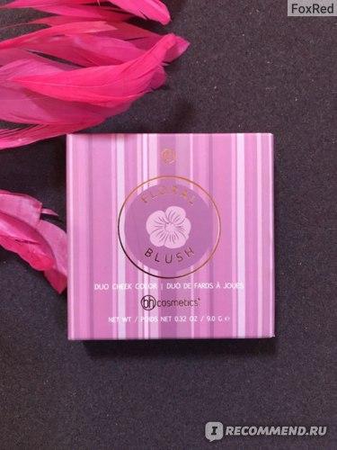 Румяна компактные  BH Cosmetics Floral Blush Duo Cheek Color фото