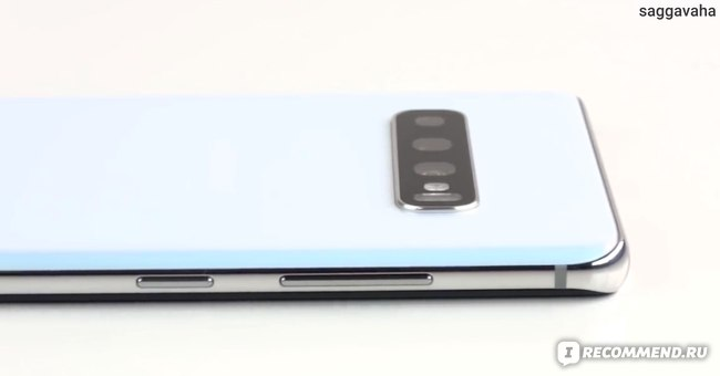 Камера не выступает в Samsung Galaxy S10+  как в S20-й серии