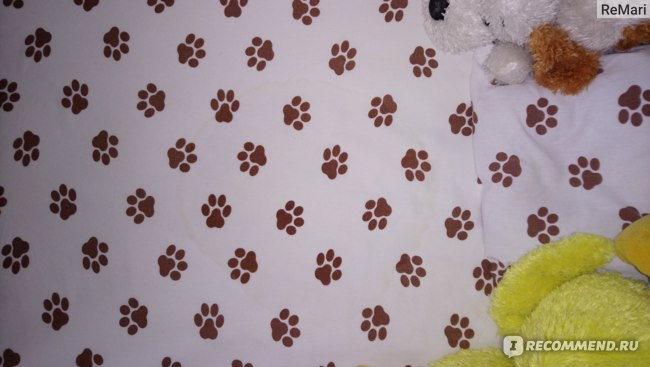 Огромная протечка на пол кровати после ночного сна