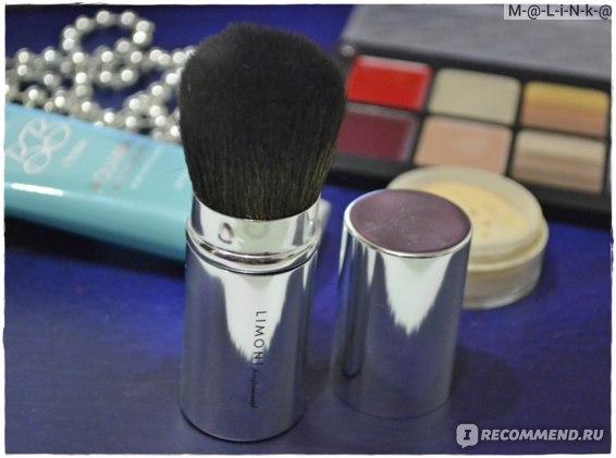Кисть для макияжа Limoni Выдвижная номер 28 фото