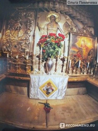 Гроб Господень (сфотографировано с плаката, купленного вблизи Храма Гроба Господня)