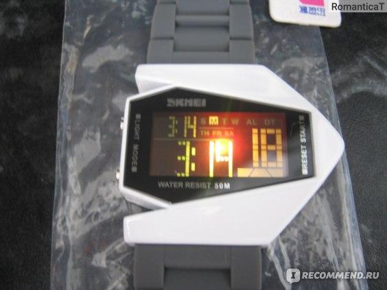 Часы мужские Aliexpress Hot Sale SKmei Brand Aircraft Shape Children LED Digital Watches 5ATM Waterproof Colorful LCD Movement Jelly фото