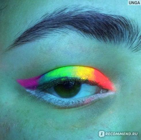 """Карандаш для глаз Farres cosmetics c неоновым эффектом """"Fluorescent EyeShadow"""" фото"""
