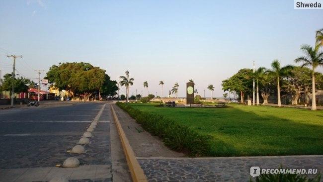 Набережная озера Никарагуа