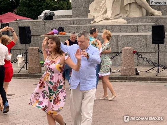 Танцы на Стрелке 2020
