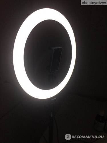 Кольцевая лампа Aliexpress 10inch 26cm USB Interface Dimmable LED Selfie Ring Light Camera Phone Photography Video Makeup Lamp With Tripod Phone Clip фото